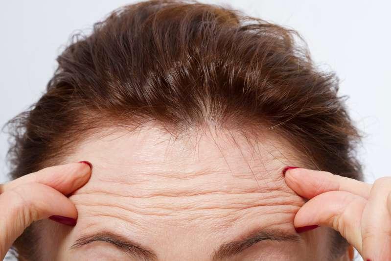 Les erreurs que beaucoup de femmes de plus de 40 ans commettent et qui les font paraître plus vieilles que leur âge